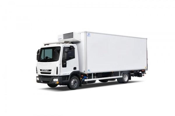 location-vehicule-poids-lourd-camion-frigo niort saintes la rochelle bordeaux fontenay le comte