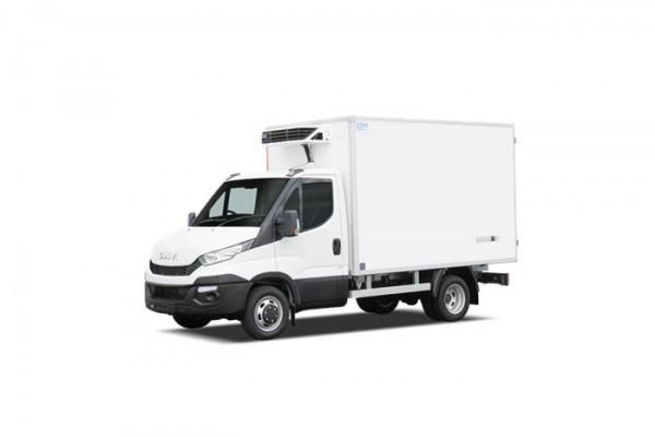 V hicule en location utilitaire camion monospace garage for Garage location voiture