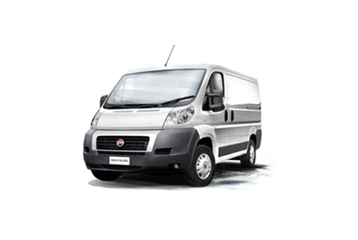 Utilitaire 8m3 location v hicule camionnette garage mullot for Garage location voiture